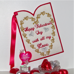 VALENTINES DAY KEEPSAKE CARD 1-Valentines hearts keepsake embroidery card, in the hoop valentines embroidery card, valentines in the hoop embroidery designs, hearts valentines embroidery designs,