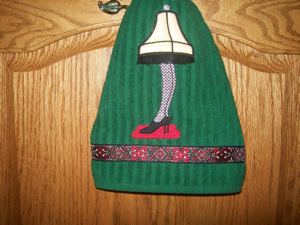 CHRISTMAS GAMS LEG LAMP 5x7-Christmas Story fan embroidery and applique design, retro Christmas embroidery and applique designs, Christmas gams leg lamp embroidery and applique design, unique Christmas embroidery and applique designs, exclusive Christmas embroidery and applique designs,